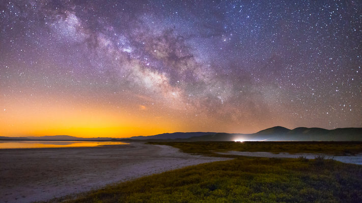 Carrizo Plain and the Lights of LA - Milky Way Timelapse