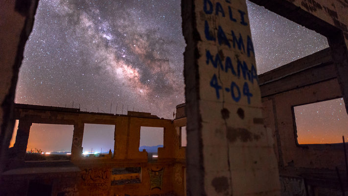 Nevada - Milky Way Rising Over the Amargosa Desert - Timelapse