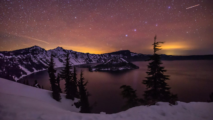 Oregon - Crater Lake in the Snow at Night