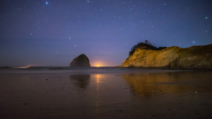 Oregon - Cape Kiwanda - Haystack Rock - Nightscape