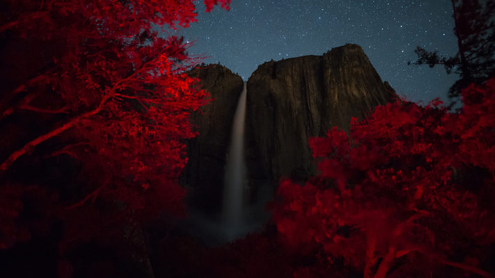 Yosemite Falls and the North Star - Celestial Timelapse